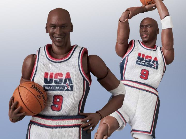 Michael Jordan (1992 Team USA) MAFEX No.132 Figure