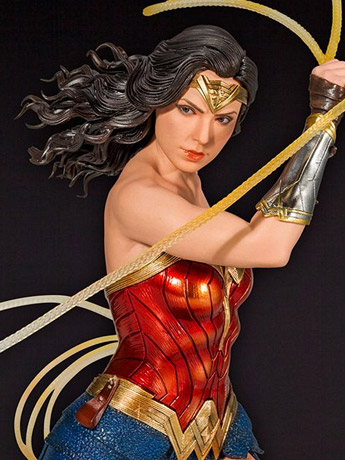 Wonder Woman 1984 ArtFX Wonder Woman Statue