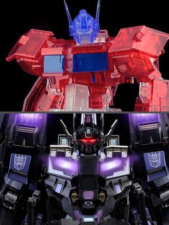 Flame Toys SDCC: Furai Optimus Prime (IDW Clear Ver.) & Kuro Kara Kuri Star Saber Alternative