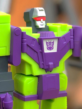 Transformers XL ReAction Devastator Figure