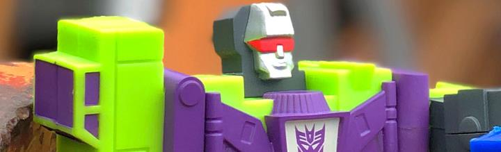 Transformers XL ReAction Devastator Figure